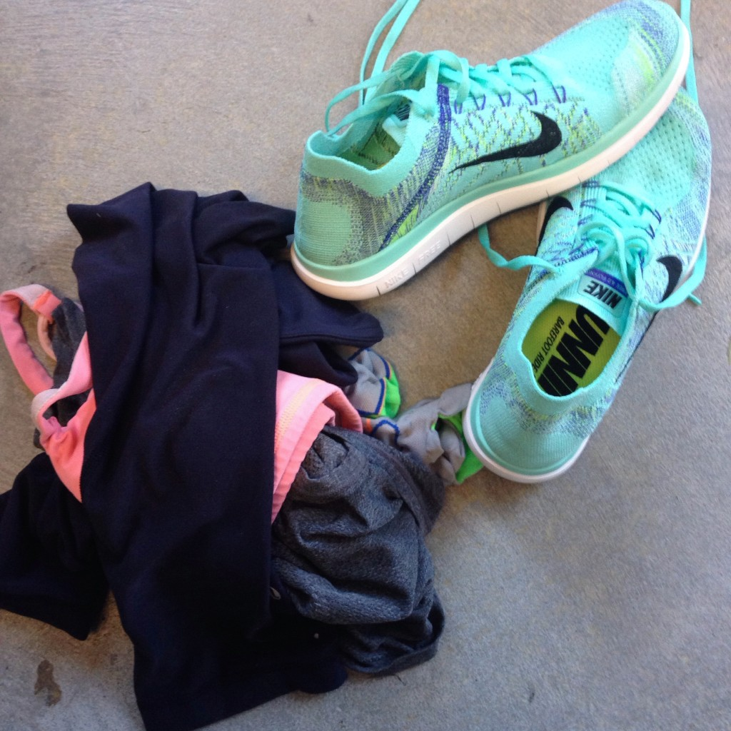 lululemon-athletic-clothing-teal-nike-frees