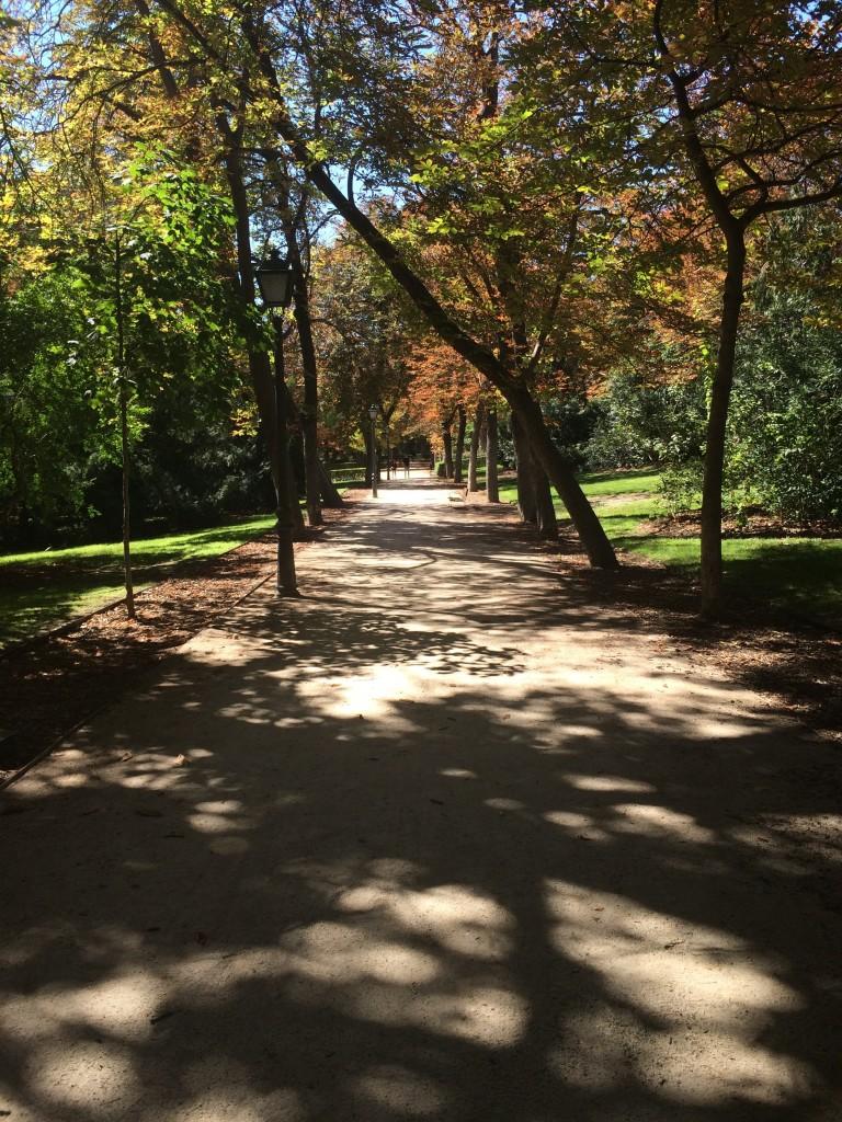 parque-del-retiro-madrid-running-path