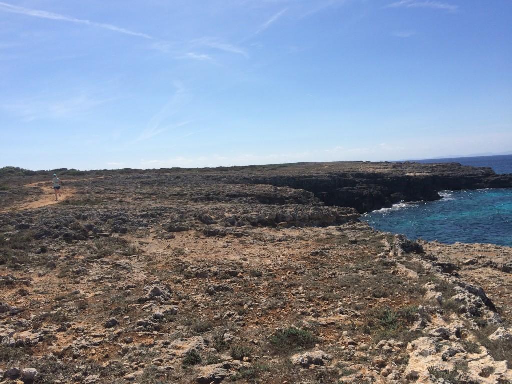Camí-de-cavalls-Menorca-minorca-cami-de-cavalls-south-of-Ciutadella-running-beach-trail