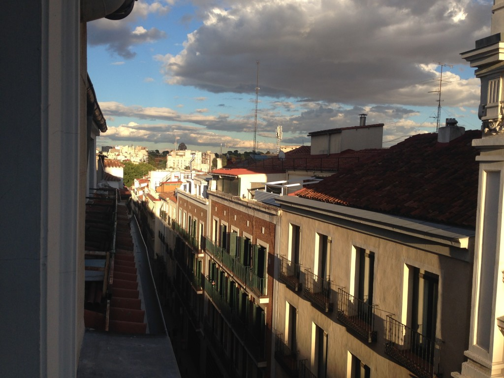 madrid-street-las-letras-window