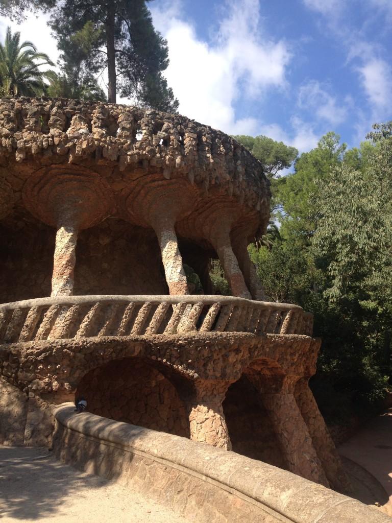 park-guell-columns