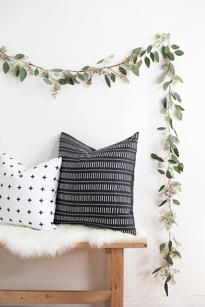 Zero Waste Christmas Decorations – DIY Eucalyptus Garland via Homey Oh My
