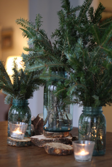 Zero Waste Christmas Decorations – Mason Jar Tree Trimmings