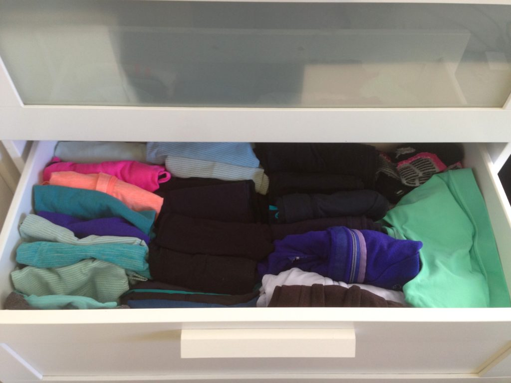 small-space-clothing-storage-dresser-drawer-organization-KonMari-folding